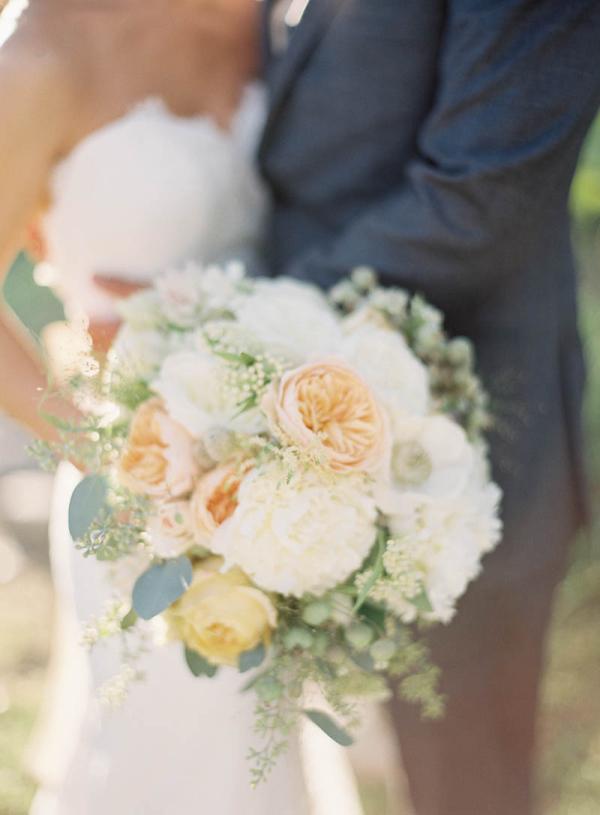 Cream Colored Bouquet