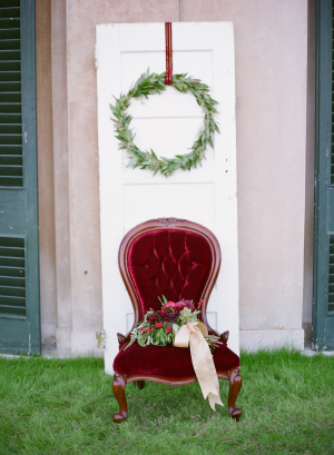 Deep Red and Green Winter Bridal Inspiration