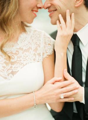Delicate Bracelet Bridal Jewelry Ideas