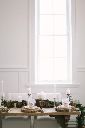 Elegant Winter Tabletop