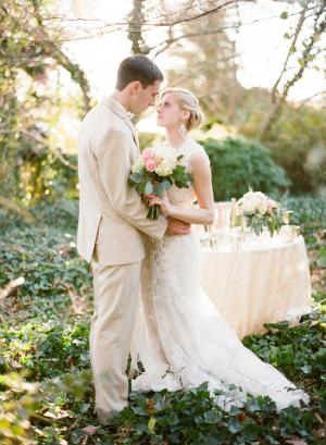 Elegant Wooded Wedding Inspiration