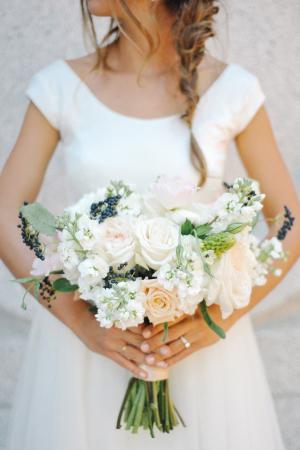 Peach Ivory Blue Bouquet
