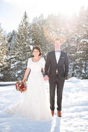 Snowy Utah Wedding Inspiration