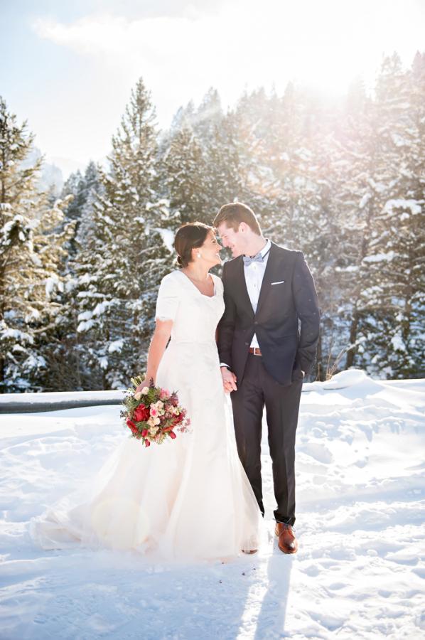 Utah Snowy Wedding Inspiration