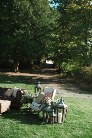 Vintage Style Outdoor Seating Vignette