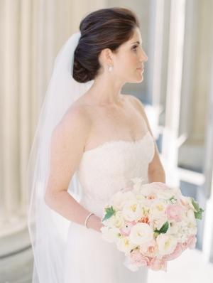Classic Bridal Portrait Clary Photo