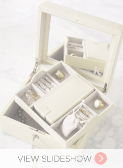 Gifts For Newly Engaged Brides
