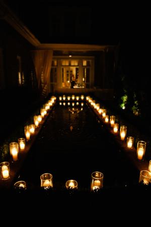 Glowing Candles Wedding Decor