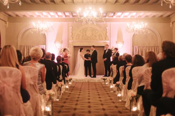 Hotel ballroom wedding ceremony ideas elizabeth anne for Design hotel wedding