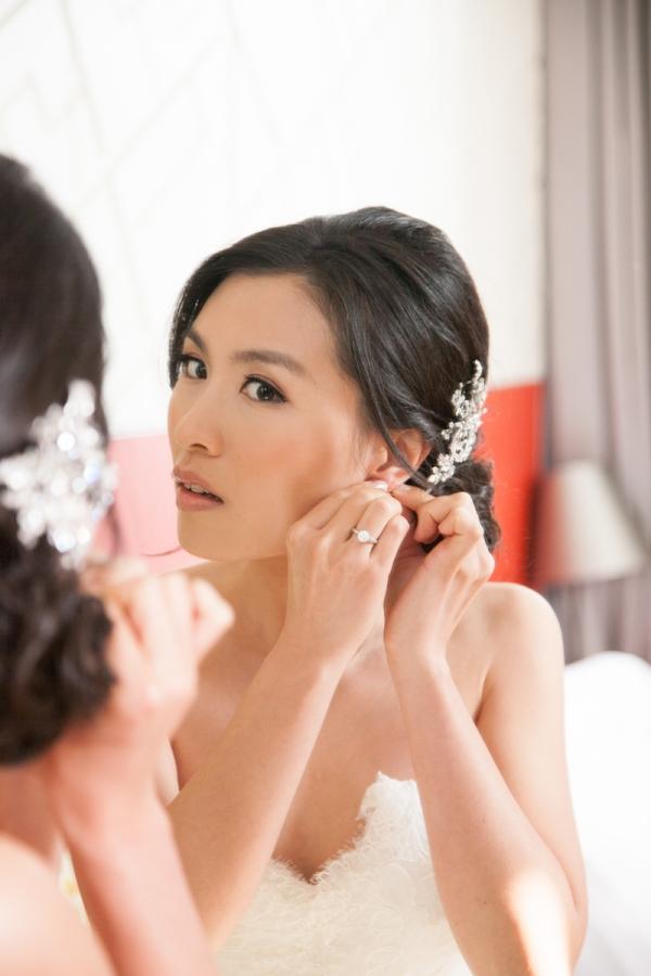Rhinestone Clip Bridal Hair Ideas