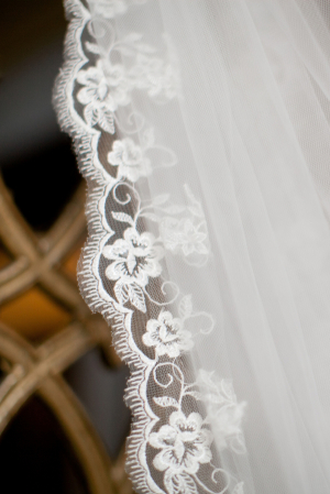 Scalloped Lace on Veil