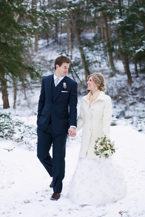 Snowy Cleveland Winter Wedding