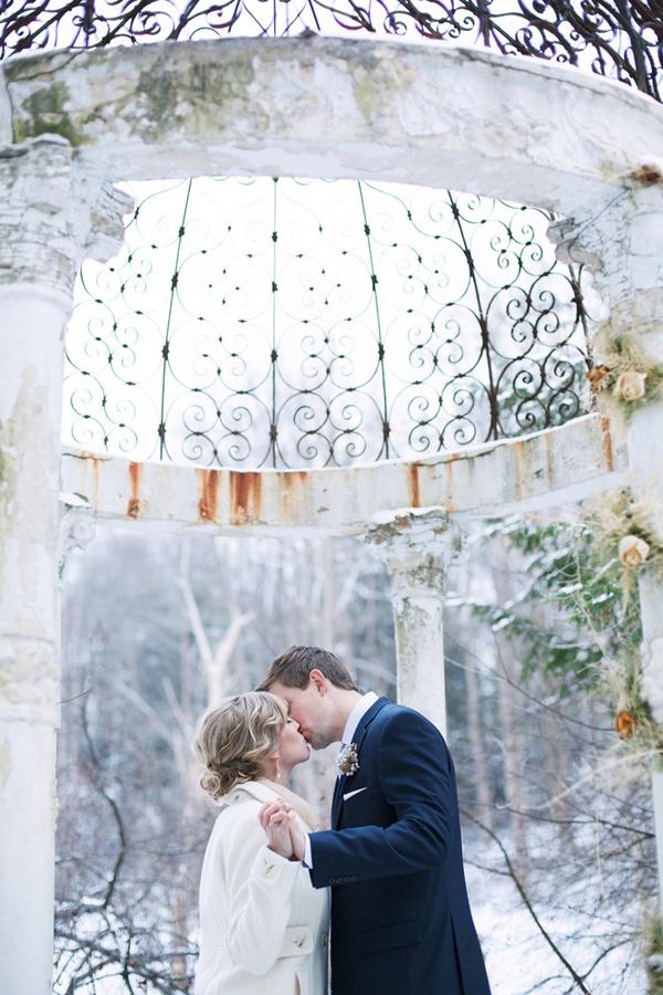 Winter Gazebo Wedding Pictures
