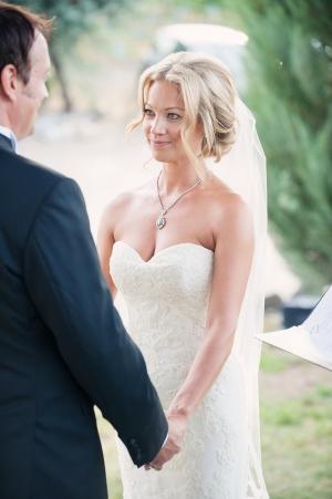 Chic Bridal Updo Ideas