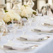 Elegant Cream and Gold Reception Table