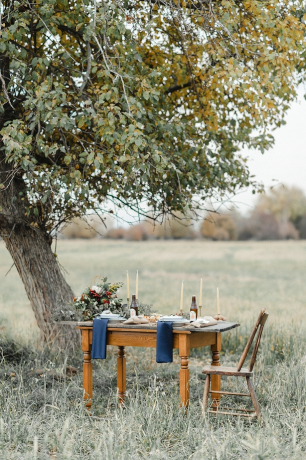 Navy and Brown Wedding Table
