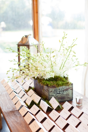 Rustic Elegant Place Card Table Ideas