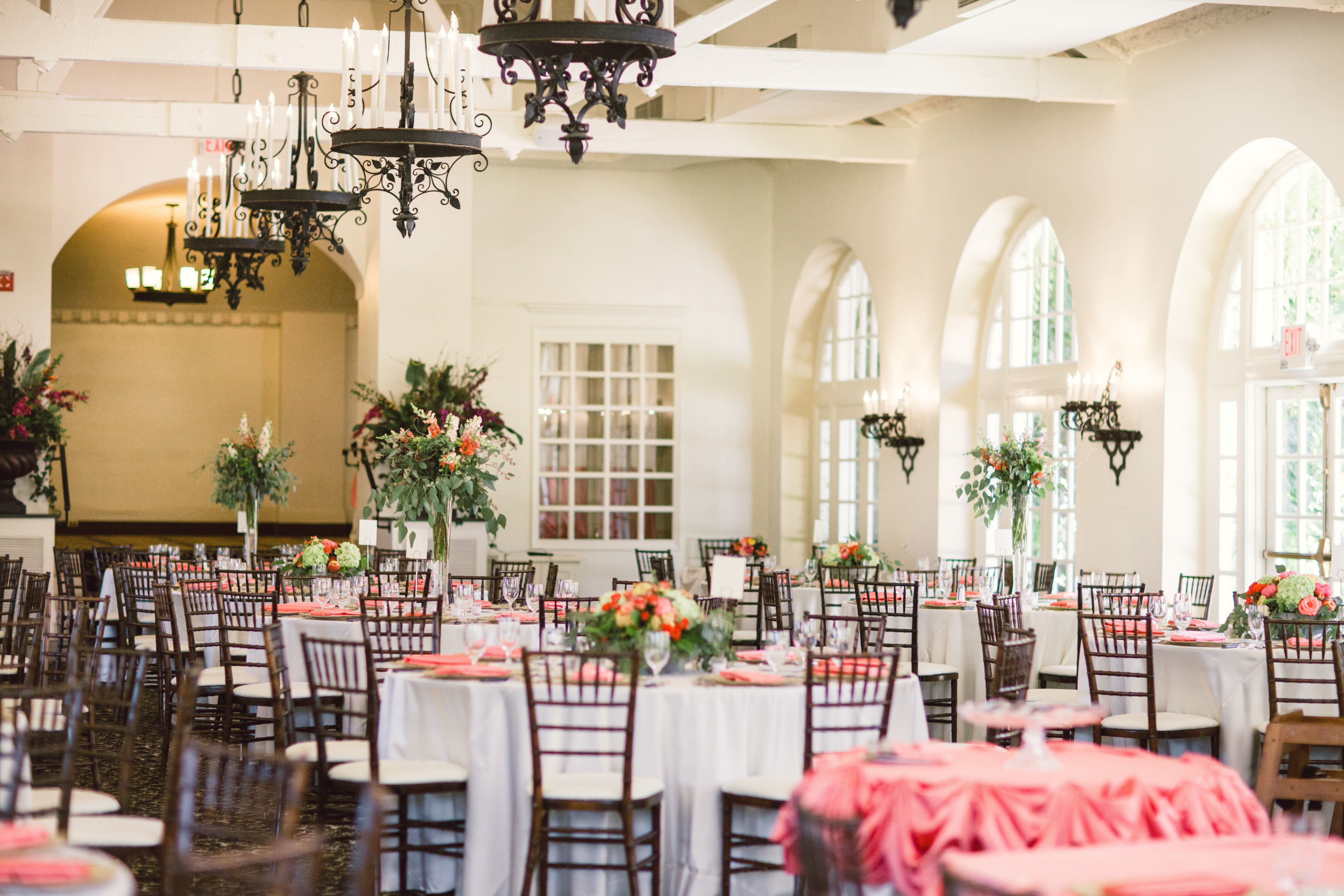 California Country Club Spring Wedding Decor - Elizabeth Anne ...