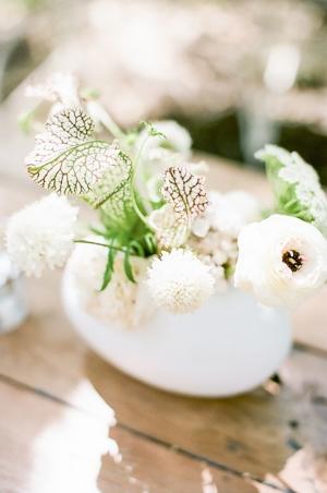 Chic White Wedding Flowers