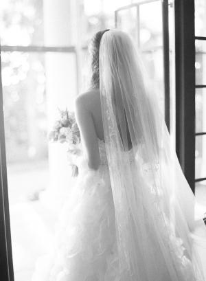 Elegant Bride Justin DeMutiis