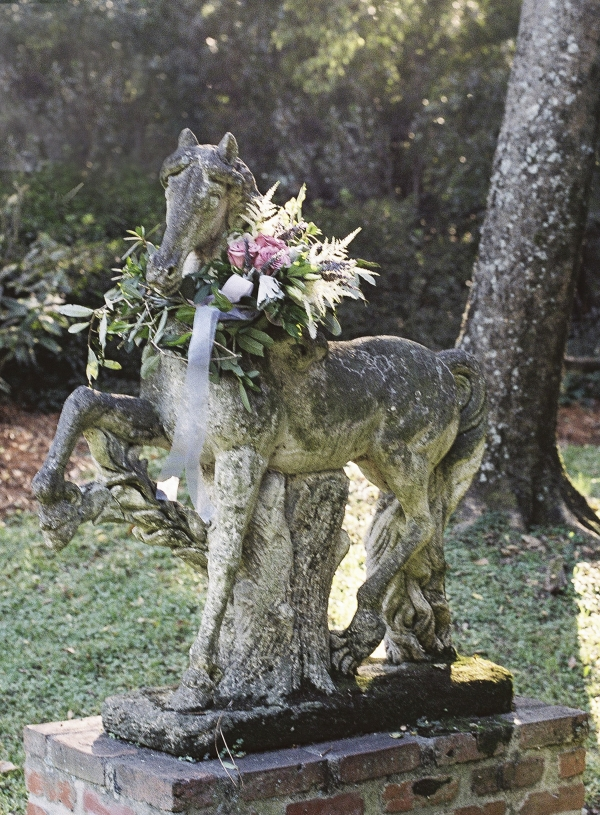Horse Statue With Floral Garland
