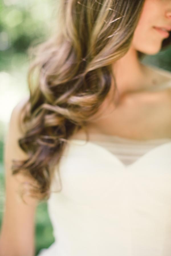 Long Loose Curls Bridal Hair Ideas