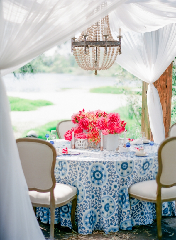Modern Pink and Blue Wedding Table