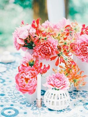 Pink Centerpiece in Modern White Vases