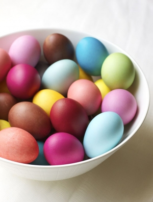 Rit Dye Easter Eggs | Urban Comfort