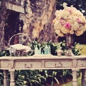 Vintage Welcome Table Ceremony Decor