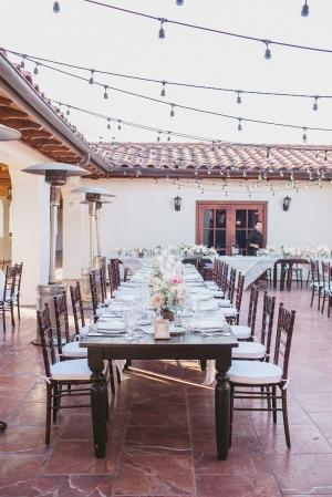 Elegant Wood Wedding Table