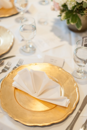 Gold Scalloped Chargers Reception Decor