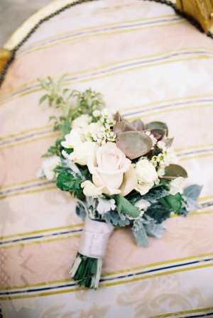 Ivory and Green Bouquet