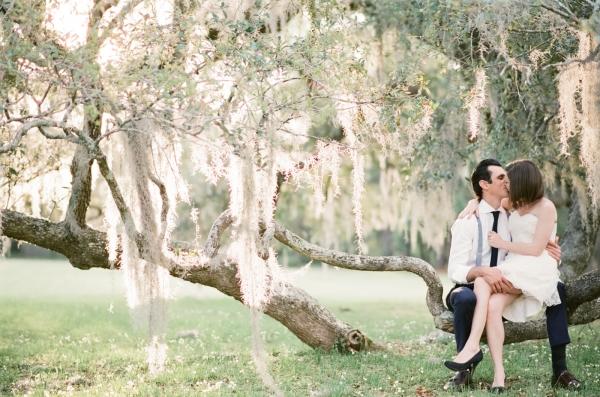 Romantic Ideas for Engagement Photos