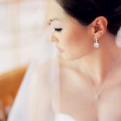 Bride with Pretty Drop Earrings