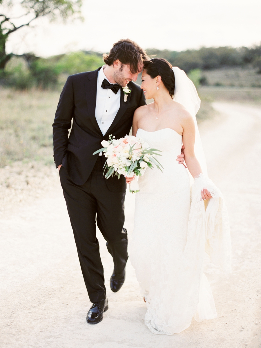 Elegant Wedding Photography: Texas Hill Country Wedding From Michelle Boyd Photography