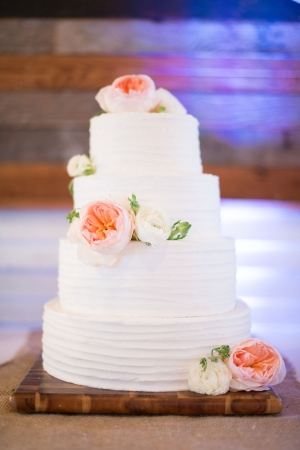 Classic Wedding Cake With Fresh Flowers