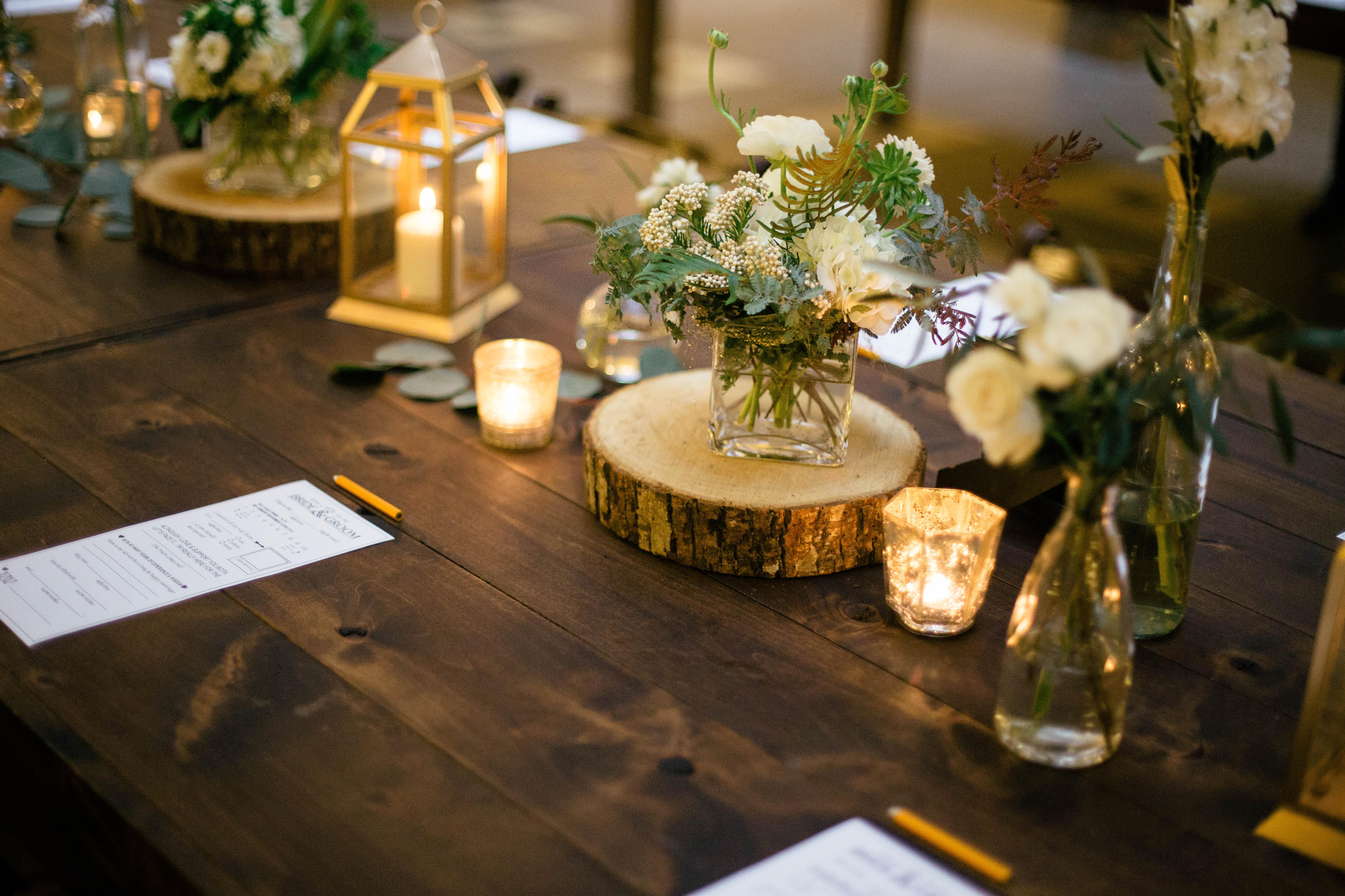 Earthy elegant reception table decor elizabeth anne for Classy wedding table decorations