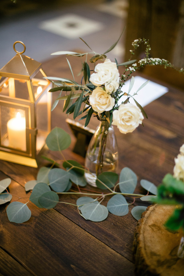 Gold Green and Ivory Reception Table Decor