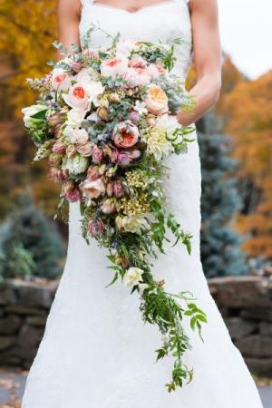 Rustic Cascading Bouquet