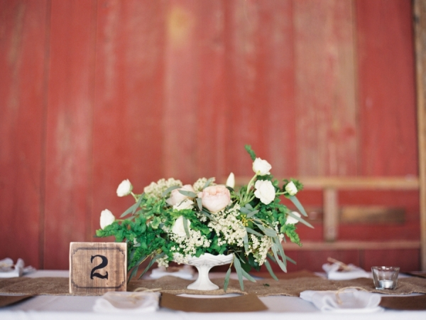 Rustic Elegant Reception Decor