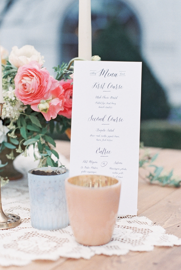 Vintage Style Reception Table Decor