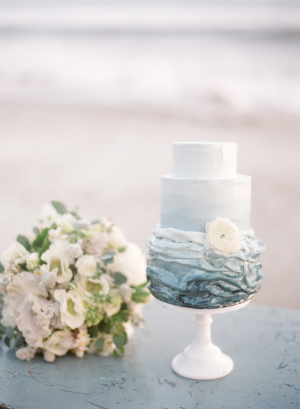 Blue Ocean Inspired Wedding Cake