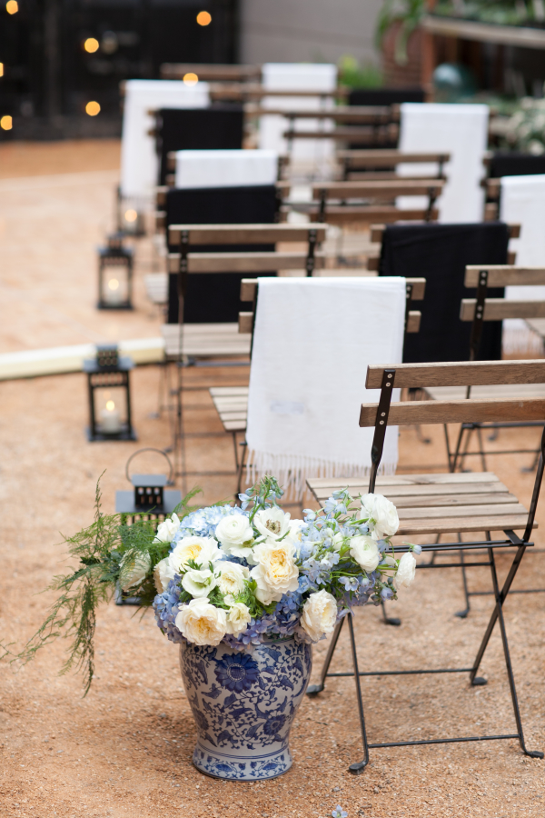 Blue and White Wedding Decor Ideas