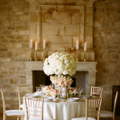 Elegant Pink and Gold Table