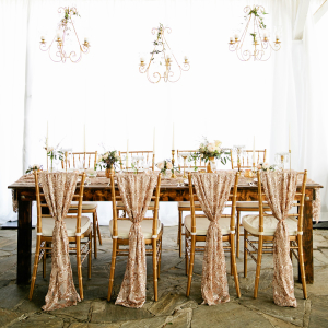 Elegant Rustic Gold Wedding Table
