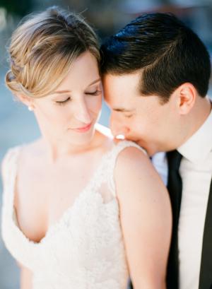 Neutral Peach Makeup Bridal Ideas