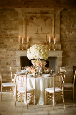 Pale Peach and Gold Wedding Ideas