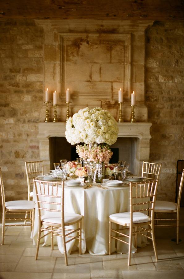 Pale Peach and Gold Wedding Ideas