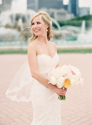 Bride at Buckingham Fountain